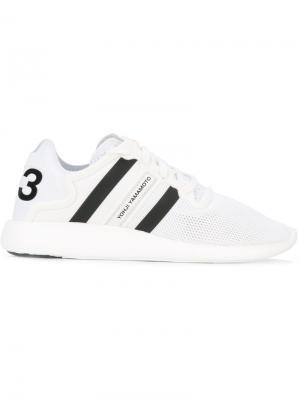 Кроссовки на шнуровке Y-3. Цвет: белый