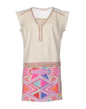 Короткое платье DEBY DEBO. Цвет: слоновая кость