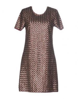 Короткое платье FAIRLY. Цвет: красно-коричневый
