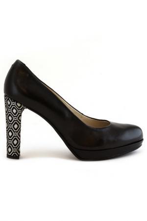 Туфли Elena. Цвет: черный