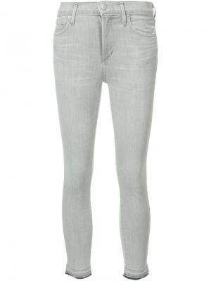 Укороченные джинсы кроя супер-скинни Citizens Of Humanity. Цвет: серый