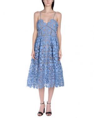 Платье до колена SELF-PORTRAIT. Цвет: синий