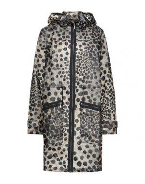 Легкое пальто ELIE TAHARI. Цвет: бежевый