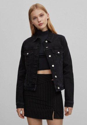 Куртка джинсовая Bershka. Цвет: черный