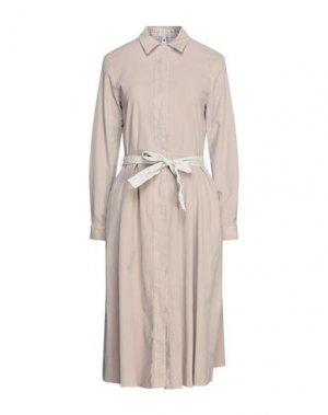 Платье длиной 3/4 EUROPEAN CULTURE. Цвет: светло-серый
