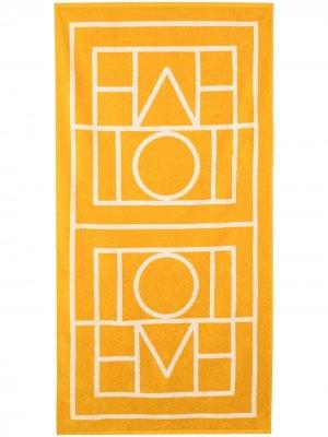 Пляжное полотенце Biarritz с монограммой Totême. Цвет: желтый