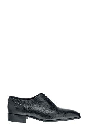 Классические туфли-оксфорды из глянцевой зернистой кожи ARTIOLI. Цвет: черный