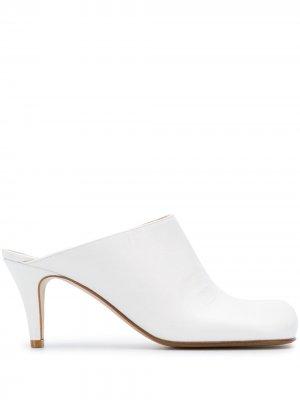 Мюли Bloc на каблуке Bottega Veneta. Цвет: белый