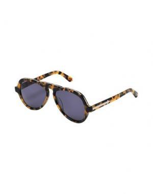 Солнечные очки KAREN WALKER. Цвет: охра