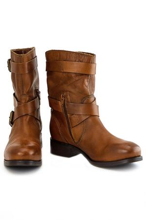 Ботинки b2. Цвет: коричневый