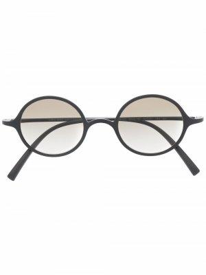 Солнцезащитные очки в круглой оправе Giorgio Armani. Цвет: черный