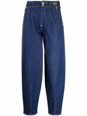 Зауженные джинсы с завышенной талией Versace Jeans Couture. Цвет: синий