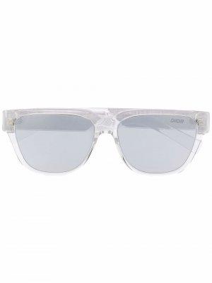 Солнцезащитные очки в квадратной оправе Dior Eyewear. Цвет: серый