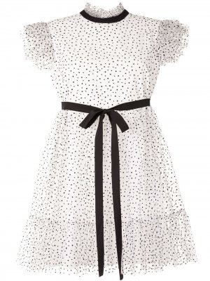 Платье мини с оборками и узором в горох Karen Walker. Цвет: белый