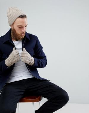 Бежевая шапка-бини и перчатки из овечьей шерсти в подарочном наборе ASOS DESIGN. Цвет: бежевый