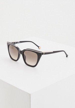 Очки солнцезащитные Carolina Herrera 832-700. Цвет: черный