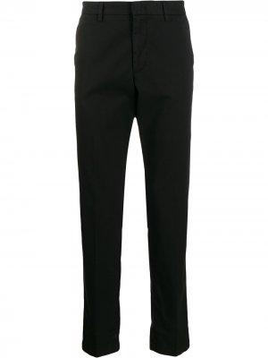 Классические брюки чинос BOSS. Цвет: черный