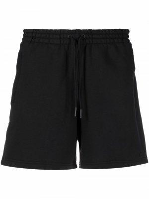 Logo patch track shorts adidas. Цвет: черный
