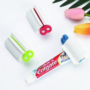 1шт ручная соковыжималка для зубной пасты случайного SHEIN. Цвет: многоцветный
