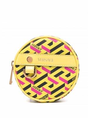 Круглый кошелек для монет с узором La Greca Versace. Цвет: желтый