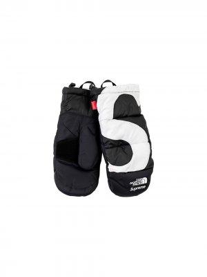 Перчатки Nuptse из коллаборации с North Face Supreme. Цвет: черный