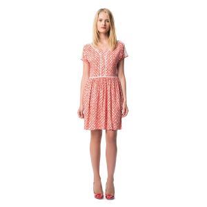 Платье расклешенное короткого покроя с рисунком BEST MOUNTAIN. Цвет: наб. рисунок красный