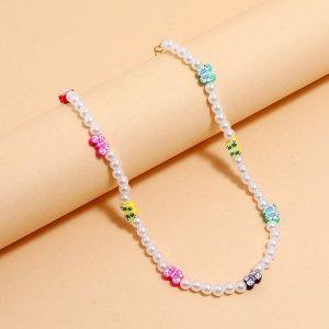 Ожерелье с бусинами и бабочкой из искусственного жемчуга SHEIN. Цвет: многоцветный