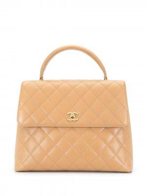 Стеганый портфель 2001-го года с логотипом CC Chanel Pre-Owned. Цвет: коричневый