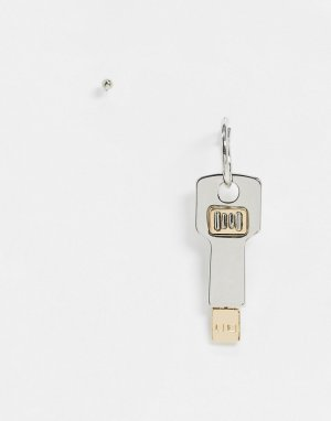 Серьга-гвоздик и серьга-кольцо с подвеской в виде ключа ASOS DESIGN