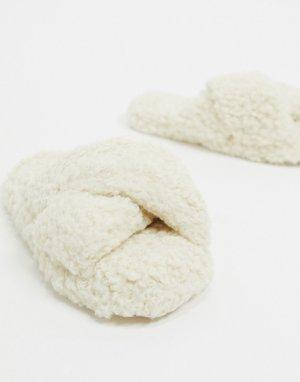 Кремовые слиперы с перекрестными ремешками из искусственного меха -Белый ASOS DESIGN