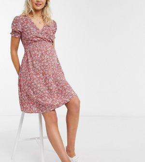Красное платье мини с присборенной талией и цветочным принтом -Черный New Look Maternity