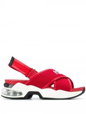 Спортивные сандалии с перекрестными ремешками Karl Lagerfeld. Цвет: красный