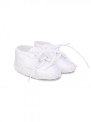 Кроссовки на шнуровке Aletta. Цвет: белый