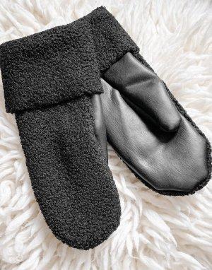 Черные варежки из искусственной кожи и ткани букле Cheerio-Черный Weekday