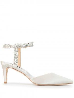 Туфли-лодочки Esmeralda с кристаллами Badgley Mischka. Цвет: серебристый