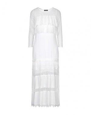 Длинное платье SOALLURE. Цвет: белый