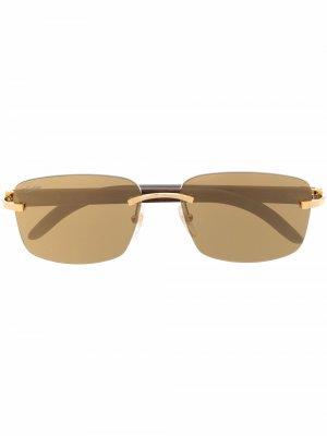Солнцезащитные очки в квадратной оправе с декором C Décor Cartier Eyewear. Цвет: золотистый