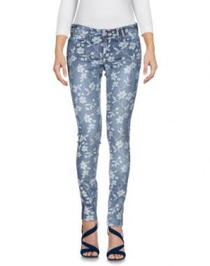Джинсовые брюки-капри GUESS. Цвет: синий