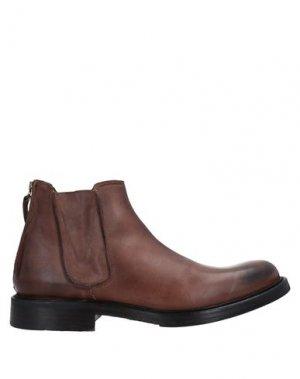 Полусапоги и высокие ботинки ERNESTO DOLANI. Цвет: коричневый