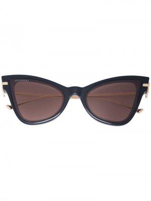 Затемненные солнцезащитные очки в оправе кошачий глаз Altuzarra. Цвет: черный