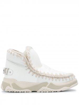 Высокие кроссовки с декоративной строчкой Mou. Цвет: белый