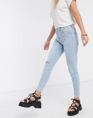 Светлые джинсы скинни с завышенной талией и рваной отделкой на колене -Синий Bershka