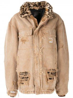 Джинсовая куртка с объемным воротником R13. Цвет: коричневый
