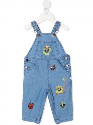 Джинсовый комбинезон с вышивкой Stella McCartney Kids. Цвет: синий