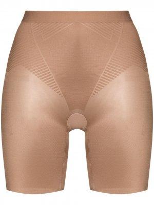 Моделирующие шорты с завышенной талией Spanx. Цвет: нейтральные цвета