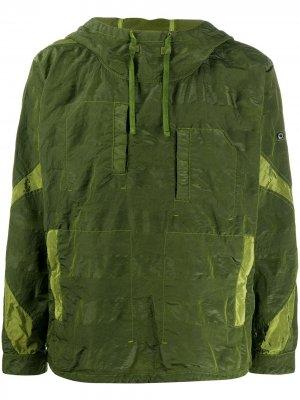 Куртка с капюшоном и жатым эффектом Stone Island Shadow Project. Цвет: зеленый