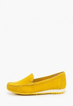 Мокасины Caprice. Цвет: желтый