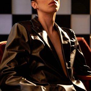 Мужской Пиджак с карманами одной пуговицей из искусственной кожи SHEIN. Цвет: чёрный
