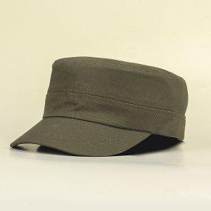 Мужская однотонная кепка SHEIN. Цвет: армейский зеленый