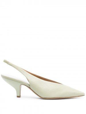Туфли с ремешком на пятке Maison Margiela. Цвет: зеленый
